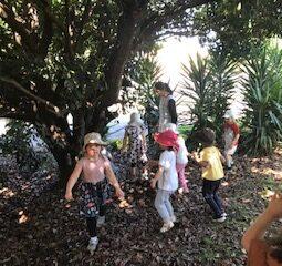 Plum Tree group children with Viji 20